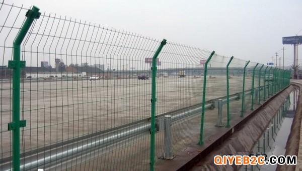 武汉篮球场围网 羽毛球场防护网 武汉足球场防护网