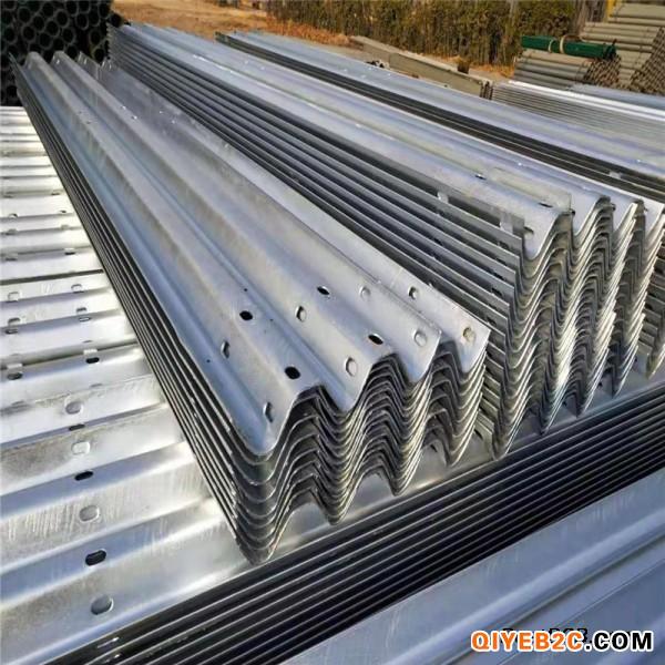 湖南衡阳护栏板 高速公路波形防撞护栏生产厂家指南