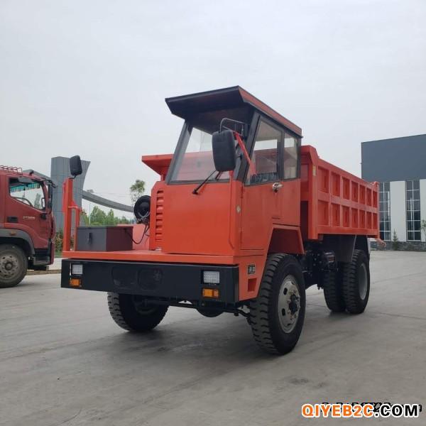 供应UQ14吨四驱矿用拉矿六轮车